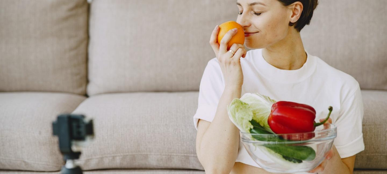 Eating Healthy Food at Home