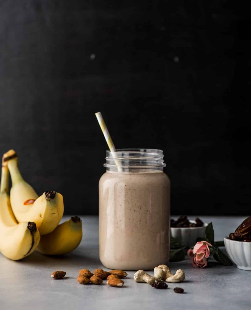 Dry fruit smoothie - Nutritious way to start your day